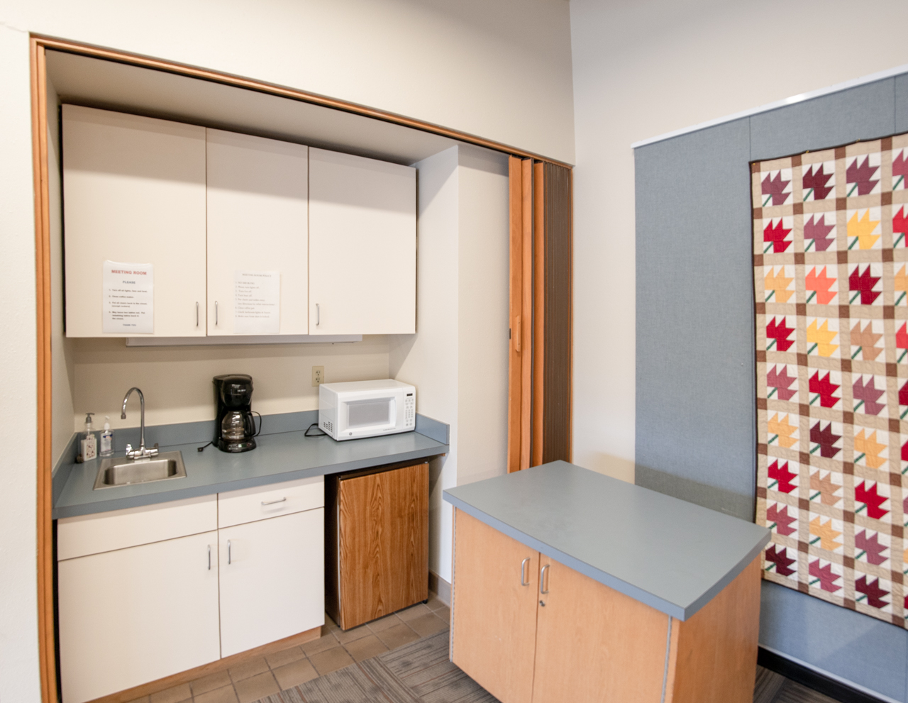Fraley Room Kitchenette